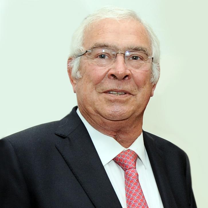 Faleceu o antigo diretor do IPO Joaquim Gouveia